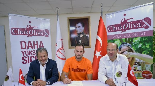 İzmir Balspor Gökhan Öner'le Anlaştı