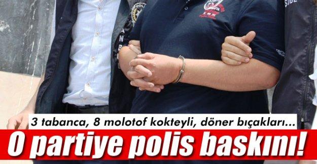 İzmir'de SDP binasında arama: 4 gözaltı