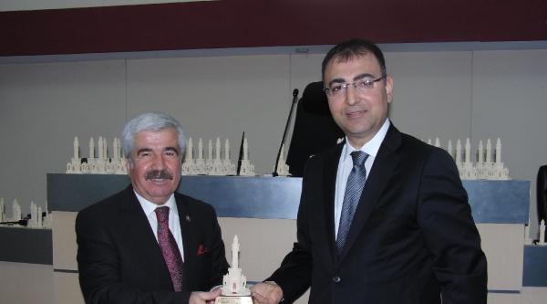 İzmir İl Genel Meclisi Son Toplantısını Yaptı
