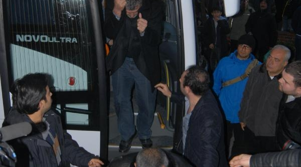 Izmir Liman Operasyonunda Son Durum, 24 Gözalti, 10 Kişi Araniyor  (2)