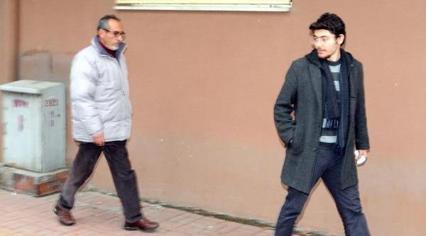 Izmir Limani'nda Yolsuzluk Operasyonu: 25 Gözalti (2)