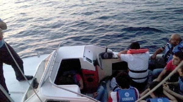 İzmir Ve Çanakkale'de 121 Kaçak Göçmen Yakalandı