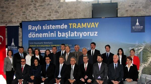 İzmir'de 165 Milyon Euroluk Tramvay Sözleşmesi