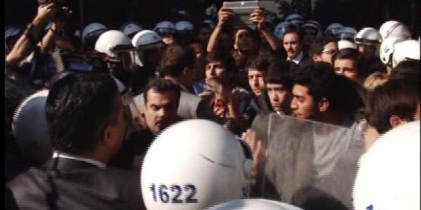 Izmir'de 35 Tgb Üyesi Gözaltina Alindi - Ek Fotoğraflar
