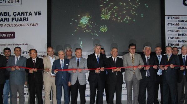 İzmir'de 36'ncı Ayakkabı Kış Fuarı Açıldı
