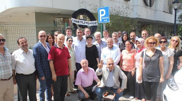 İzmir'de Abd Konsolosluğu'na Siyah Çelenk