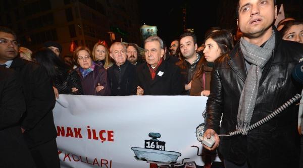 İzmir'de Berkin Elvan Eylemine Polis Müdahalesi  / Fotoğraflar