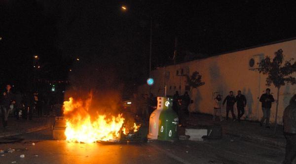 İzmir'de Berkin Protestosuna Polis Müdahalesi (2)