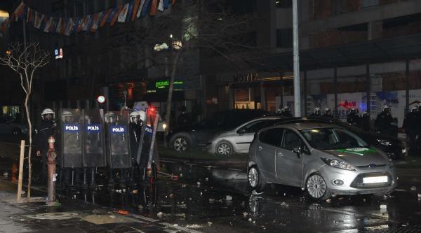 İzmir'de Berkin Protestosuna Polis Müdahalesi (3)