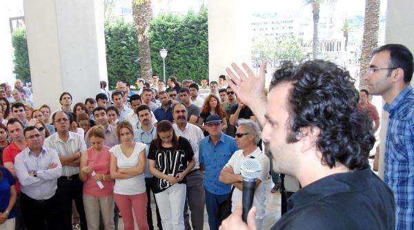 İzmir'de Büyükşehir Memurlarından Alkışlı Eylem