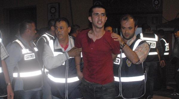 İzmir'de Gezi Anmasına Katılanlardan 73 Kişi Gözaltına Alındı