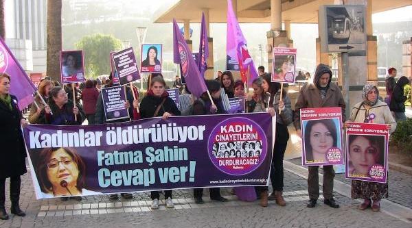 Izmir'de Kadin Cinayetleri Durdurulsun Eylemi