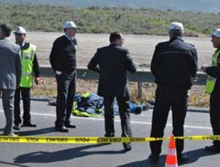 İzmir'de korkunç kaza! Bir polis şehit!