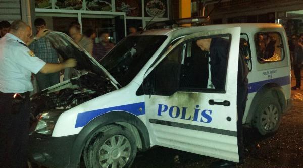 İzmir'de Lice Gösterisinde Polis Aracı Yakıldı