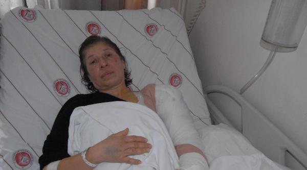 İzmir'de Polis Müdahalesinde Kolu Kırılan 2 Kişi Hastanede Tedavi Altında