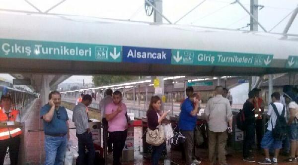 İzmir'de Sağanak Yağmur (3)