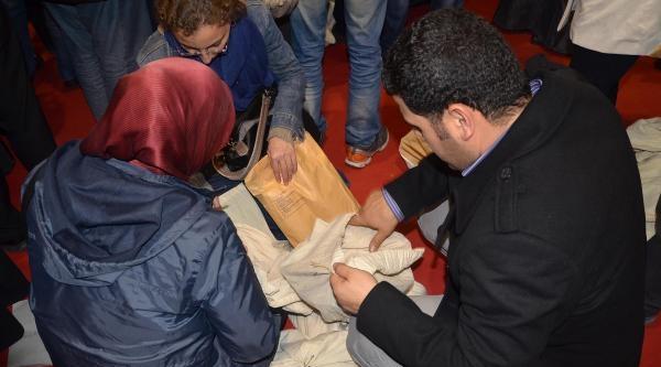 İzmir'de, Seçim Kurulunda Gerginlik