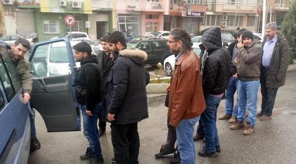 Izmir'De Sinav Çetesi Operasyonu: 8 Gözalti