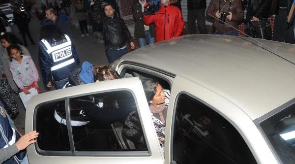Izmir'de Uyuşturucu Operasyonu: 22 Kişi Gözaltinda