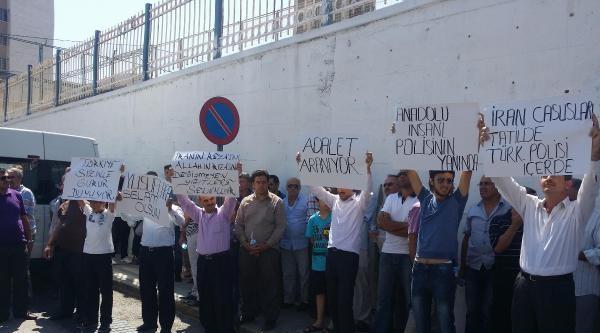 İzmir'de Yasadışı Dinleme Operasyonunda Gözaltılar Sürüyor