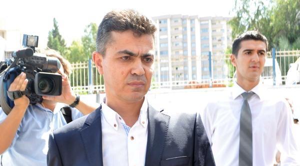 İzmir'de Yasadışı Dinleme Operasyonunda Gözaltılar Sürüyor (3)