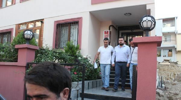 İzmir'de Yasadışı Dinlemelerle İlgili 30 Gözaltı (1)