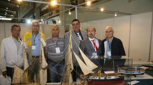 İzmir'de Yat Ve Tekne Fuarı Açıldı