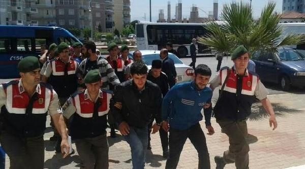 İzmir'in Tatil Bölgelerinde Uyuşturucu Operasyonu