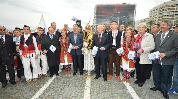 Izmirliler Balkan Danslarina Doyacak