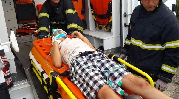 İzmit- Kandıra Yolunda Zincirleme Kaza: 2 Ölü 13 Yaralı