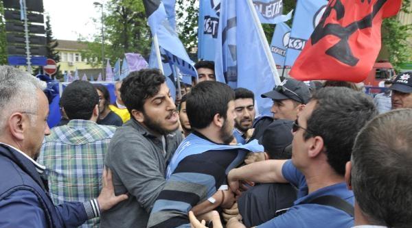İzmit'te 1 Mayıs Yürüyüşü (2)