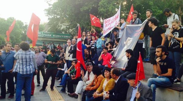 İzmit'te Bin Kişilik Grup Pankart Ve Sloganlarla Yürüdü