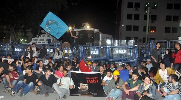 İzmit'te Bin Kişilik Grup Pankart Ve Sloganlarla Yürüdü (2)