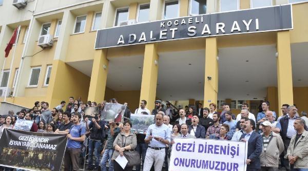 İzmit'te Gezi Duruşması Öncesi Protesto