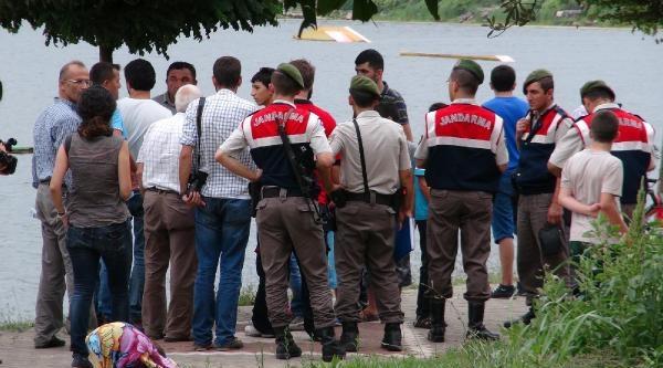 İzmit'te Gölette Kaybolan 15 Yaşındaki Okan'ın Cesedi Bulundu