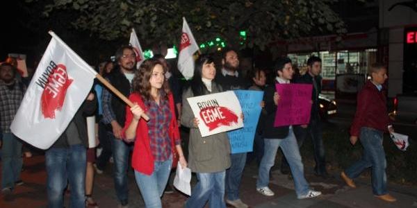 Izmit'te Öğrenci Evleri Protestosu: 'kadinli Erkekli Hesap Soracağiz! ''