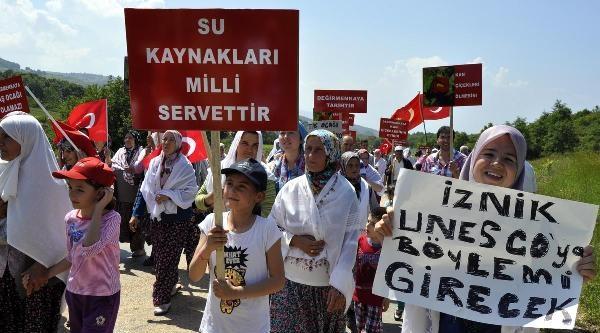 İznik'te Çevreci Kadınlardan, Protesto Gösterisi