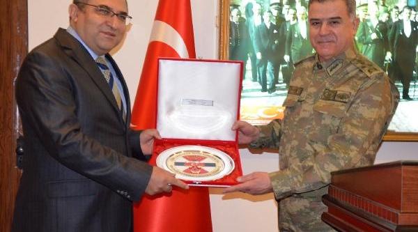 Jandarma Genel Komutani Zonguldak Valisi'ni Ziyaret Etti