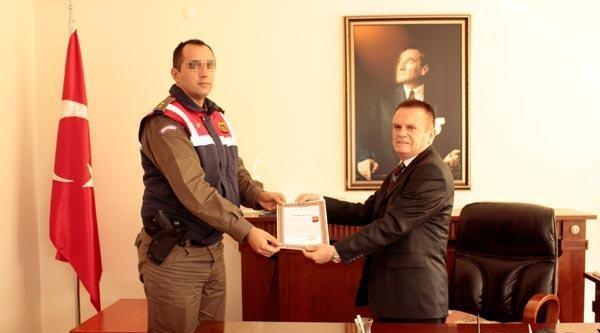 Jandarma Komutanı İnsan Kaçakçılığına Yardımdan Tutuklandı