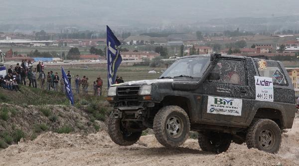 Jandarma Kuruluş Yıldönümünü Off-road Yarışlarıyla Kutladı