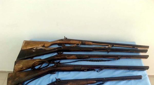 Jandarma Tarihi Tüfeklere El Koydu