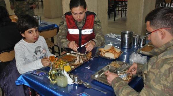 Jandarma Ve Otistik Çocuklar Engelliler Gününde Buluştu