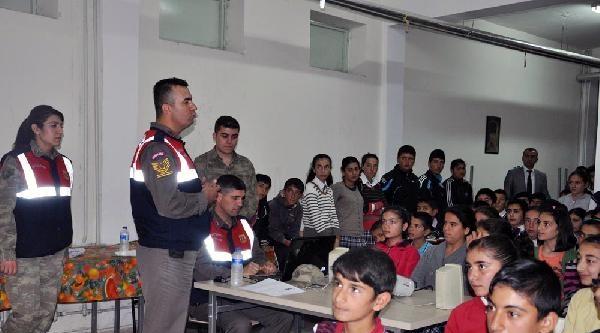 Jandarmadan, Trafik Kazalarını Önleme Eğitimi