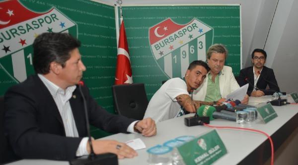 Josue Filipe Soares Pesqueira Bursaspor'a İmzayi Attı