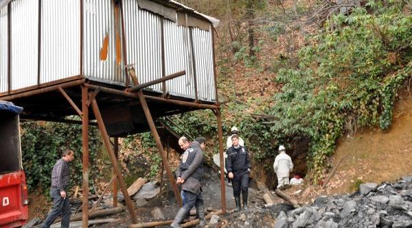 Kaçak Ocaklarda 21 Yilda 112 Madenci Öldü