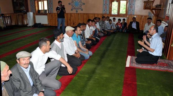 Kaçakçı Turistlere Karşı Camide Eğitim