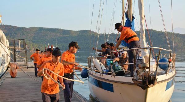 Kaçakları Sahil Güvenlik Ve Jandarma Yakaladı