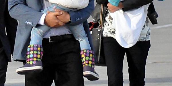 Kaçirilan Pilot Murat Ağca, Elaziğ'da Babasinin Evinde