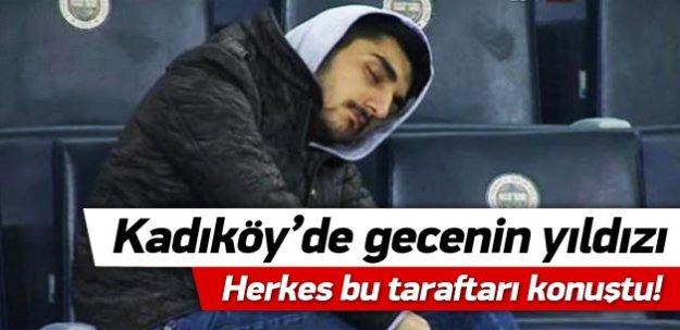 Kadıköy'de gecenin yıldızı! Herkes bu taraftarı konuştu!