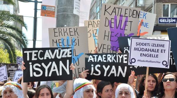 Kadıköy'de Kadın Cinayetlerine Tepki Eylemi